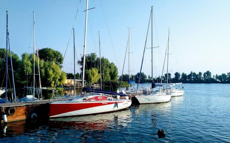 Яхта «Арфа»